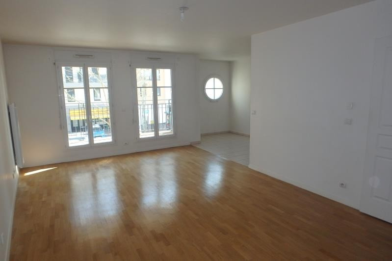 Rental apartment Viroflay 1540€ CC - Picture 1