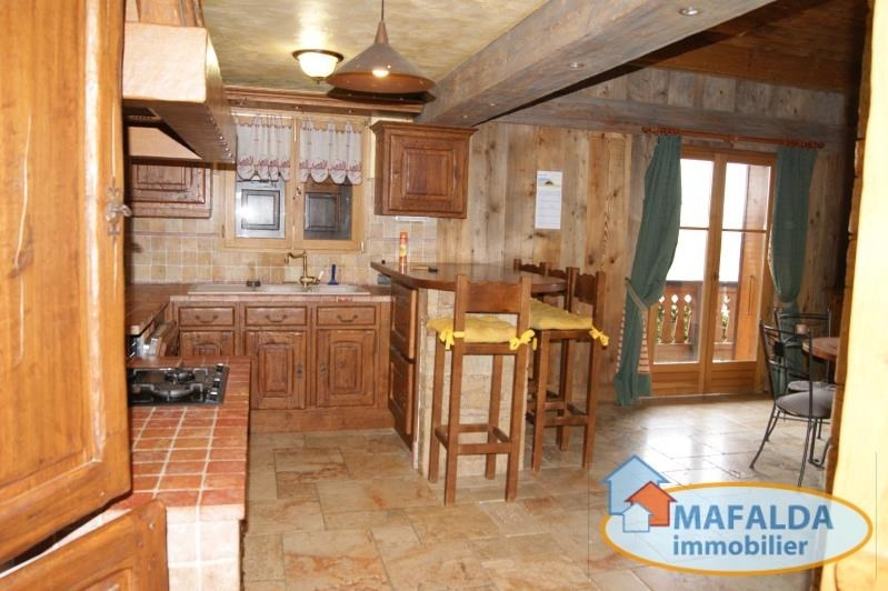 Location maison / villa Mont saxonnex 1350€ CC - Photo 3