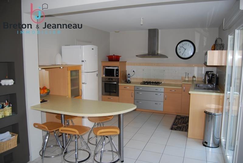 Sale house / villa Changé 312000€ - Picture 3