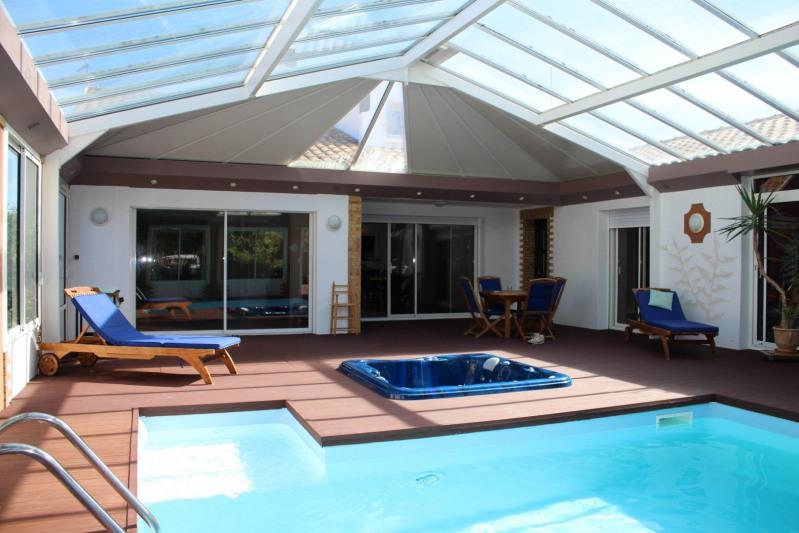 Sale house / villa Chateau d olonne 402000€ - Picture 9