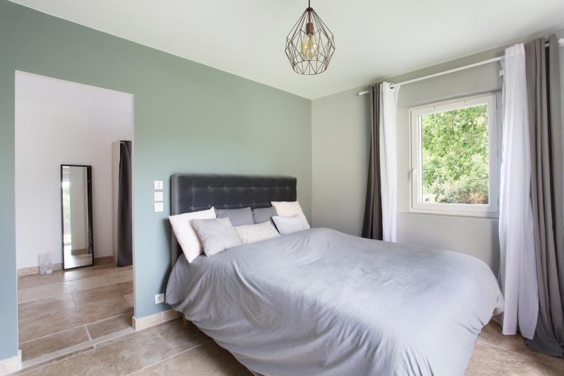 Deluxe sale house / villa Eguilles 890000€ - Picture 12