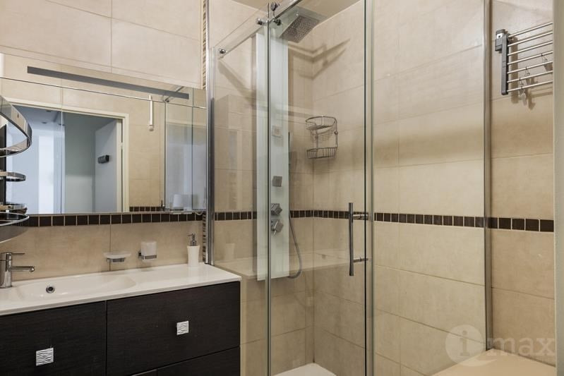Sale apartment Courbevoie 420000€ - Picture 4