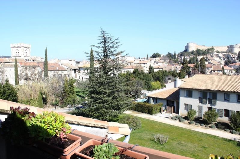 Sale apartment Villeneuve les avignon 304 000€ - Picture 1