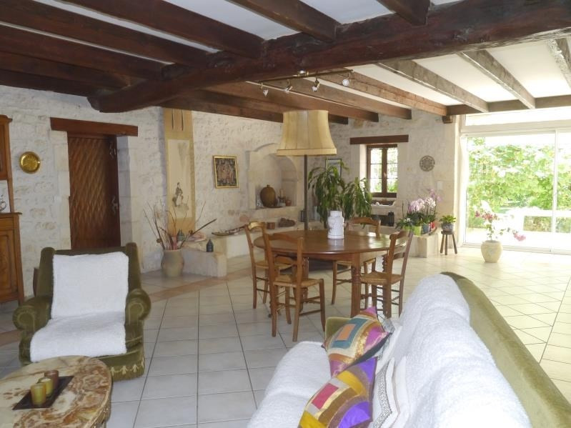 Vente maison / villa Gemozac 408 000€ - Photo 2