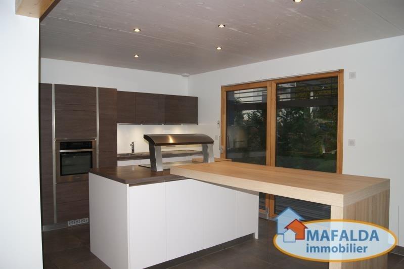 Deluxe sale house / villa Thyez 567000€ - Picture 3