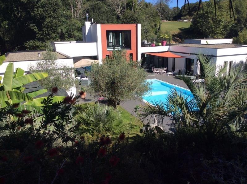 Deluxe sale house / villa Bayonne 1420000€ - Picture 1