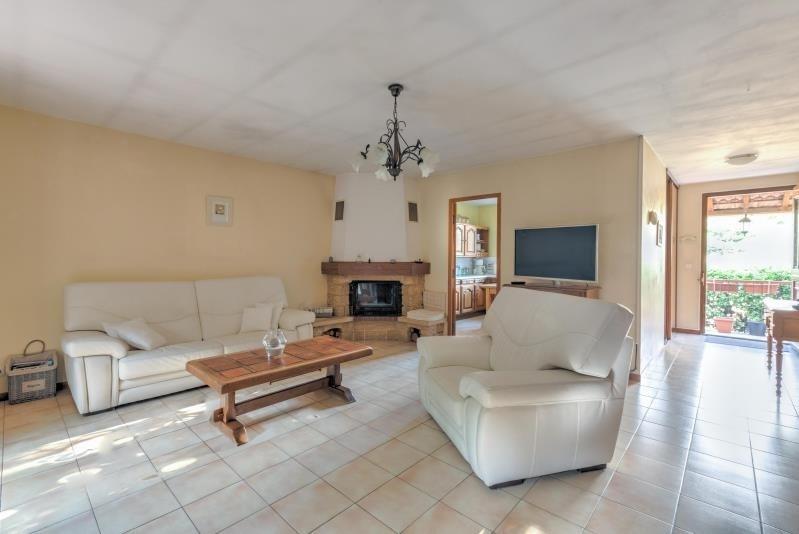 Sale house / villa Trets 345000€ - Picture 3