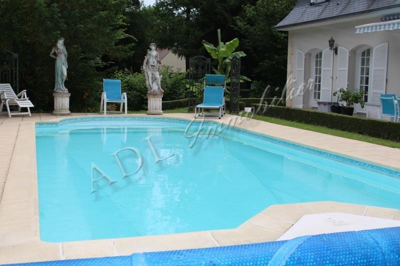 Deluxe sale house / villa Lamorlaye 988000€ - Picture 2