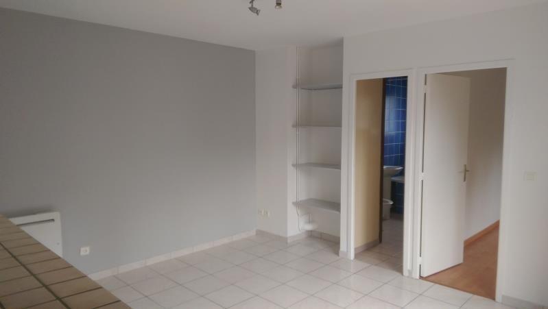 Alquiler  apartamento Beaumont sur oise 670€ CC - Fotografía 2