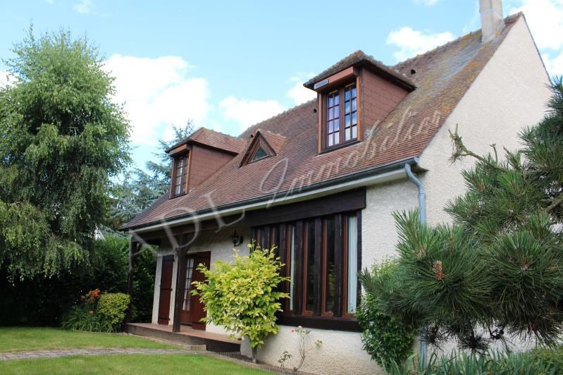Sale house / villa Lamorlaye 479 000€ - Picture 1