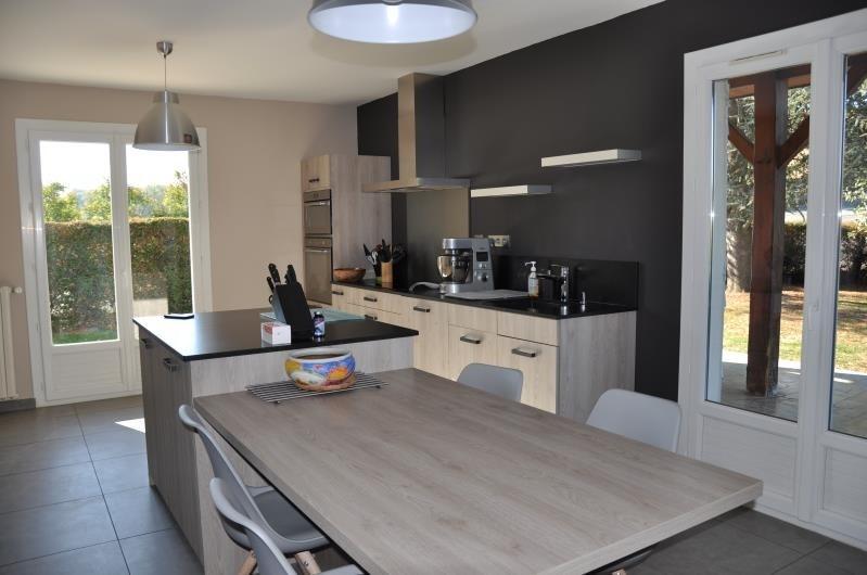 Sale house / villa Gleize 440000€ - Picture 2