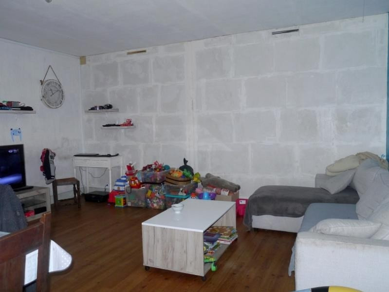 Vente maison / villa Gemozac 89880€ - Photo 3