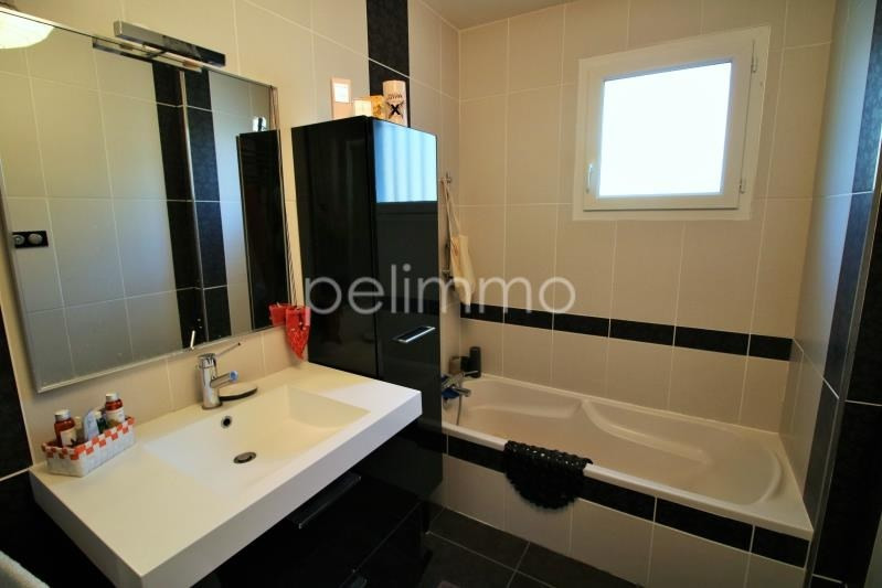 Sale house / villa Grans 339000€ - Picture 4