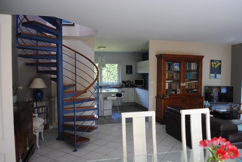 Sale house / villa Teteghem 377000€ - Picture 2