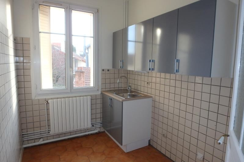 Rental apartment Viroflay 926€ CC - Picture 1
