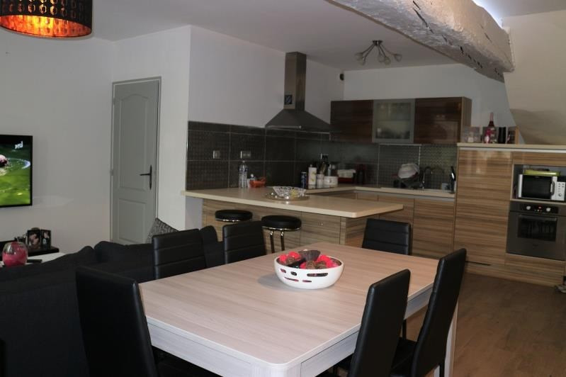 Rental apartment Rubelles 950€ CC - Picture 2