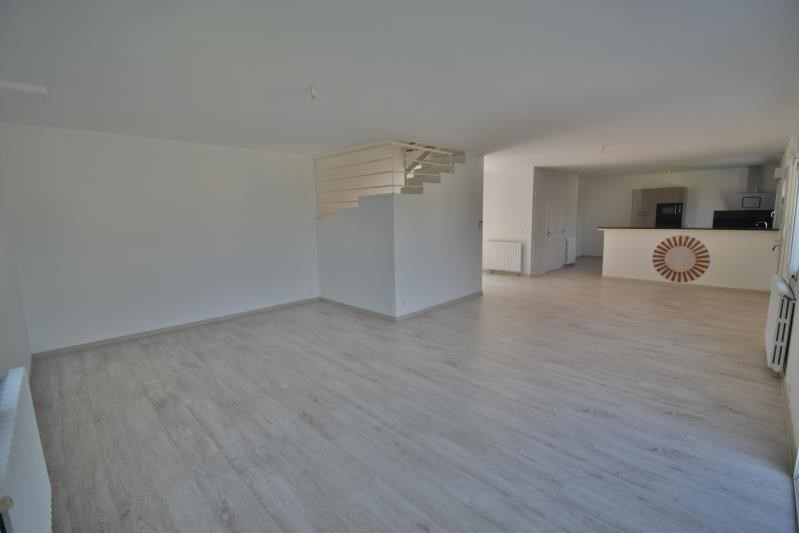 Sale house / villa Nay 250000€ - Picture 3