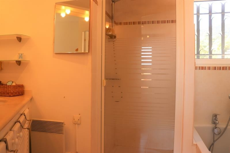 Vente maison / villa Cavalaire sur mer 495000€ - Photo 7