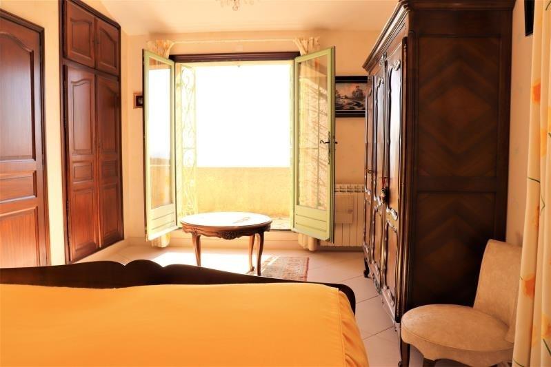 Deluxe sale house / villa Cavalaire sur mer 998000€ - Picture 8