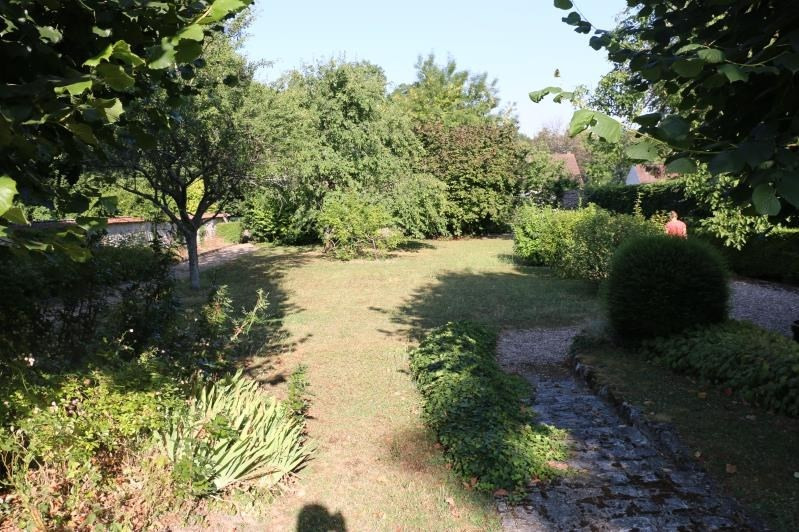 Sale house / villa Crespieres 676 000€ - Picture 2