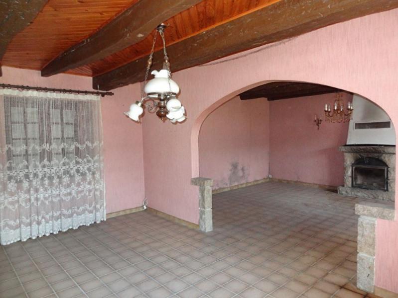 Sale house / villa Saint nicolas du pelem 110000€ - Picture 4