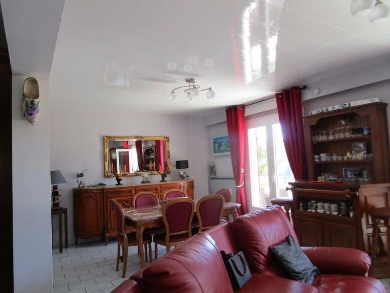 Sale house / villa Villamblard 243000€ - Picture 4