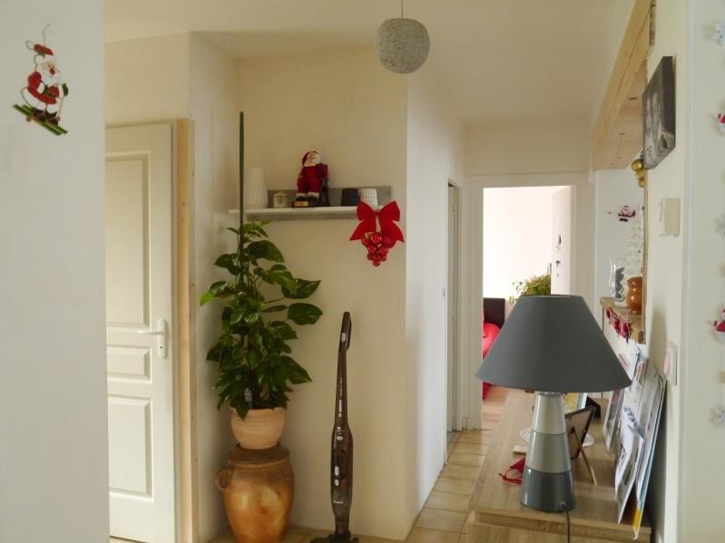 Sale house / villa Gemozac 149000€ - Picture 4