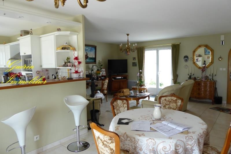 Sale house / villa Challuy 197000€ - Picture 1