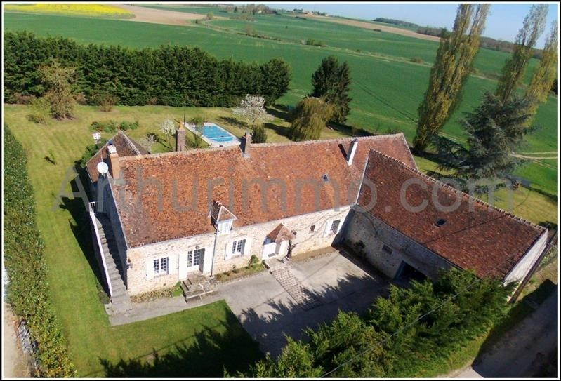 Sale house / villa Nangis proche 367500€ - Picture 1