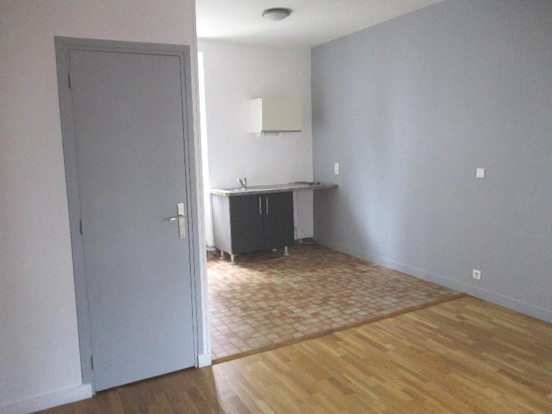 Location appartement Grenoble 360€ CC - Photo 1