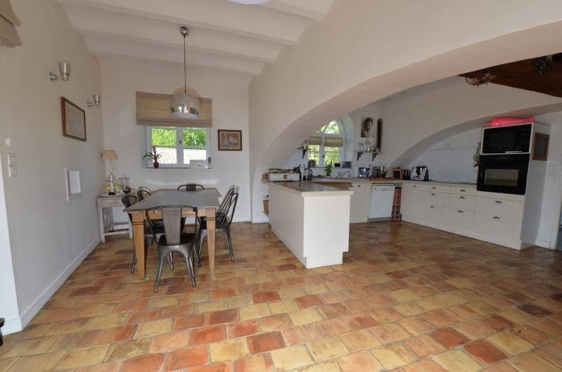 Sale house / villa Proche sortie autoroute 695000€ - Picture 4