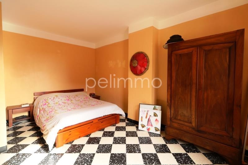 Investment property building Eyguieres 336 000€ - Picture 5