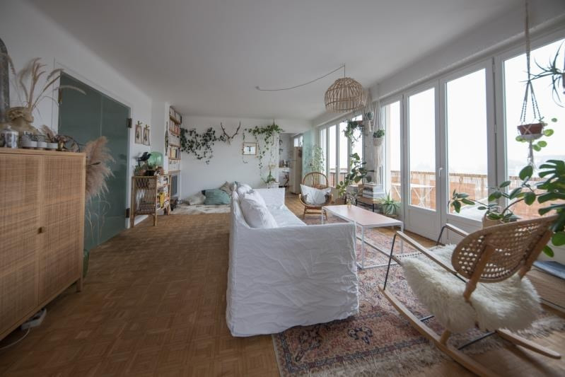 Deluxe sale apartment Annecy 635000€ - Picture 2