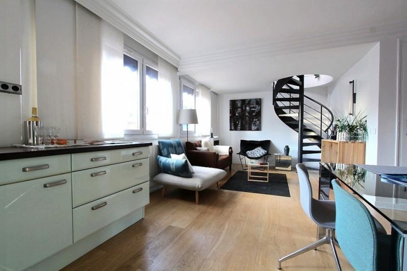 Deluxe sale apartment Paris 20ème 972300€ - Picture 2