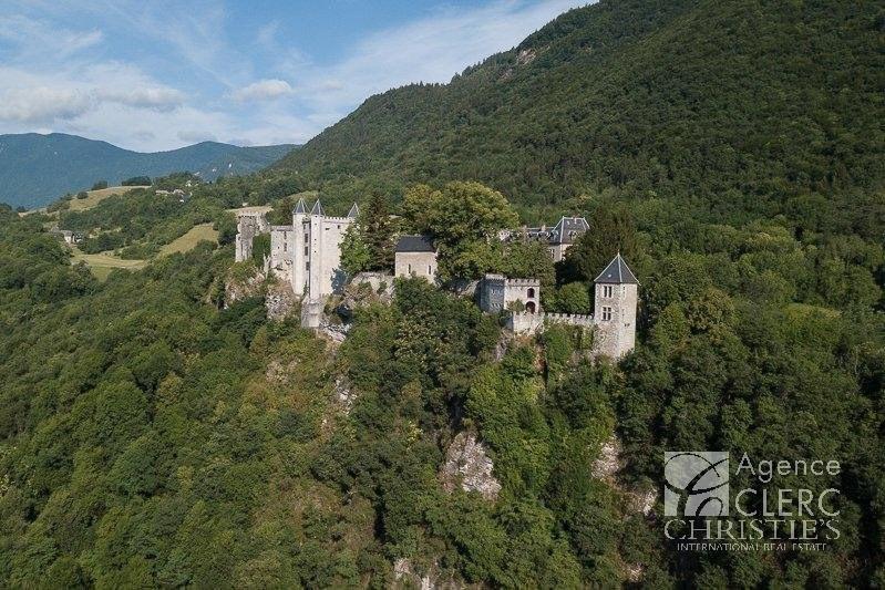 Vente de prestige château Saint-pierre-d'albigny 4250000€ - Photo 1
