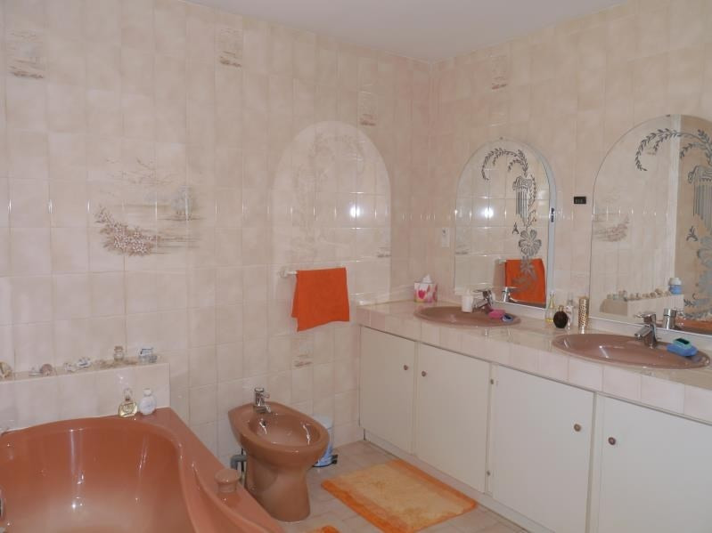 Vente maison / villa Gemozac 397 440€ - Photo 8