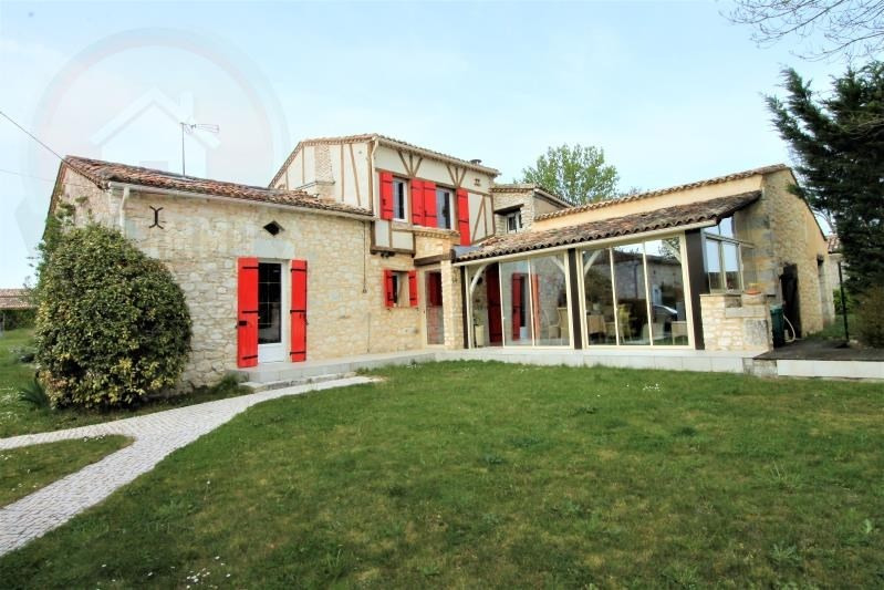 Sale house / villa Cuneges 396 000€ - Picture 1