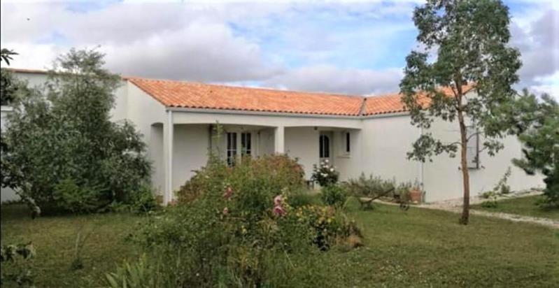 Sale house / villa Aigrefeuille d'aunis 254000€ - Picture 1