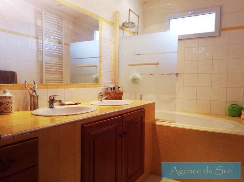 Vente maison / villa Auriol 545000€ - Photo 10