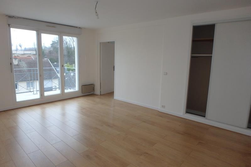Location appartement Viroflay 976€ CC - Photo 6