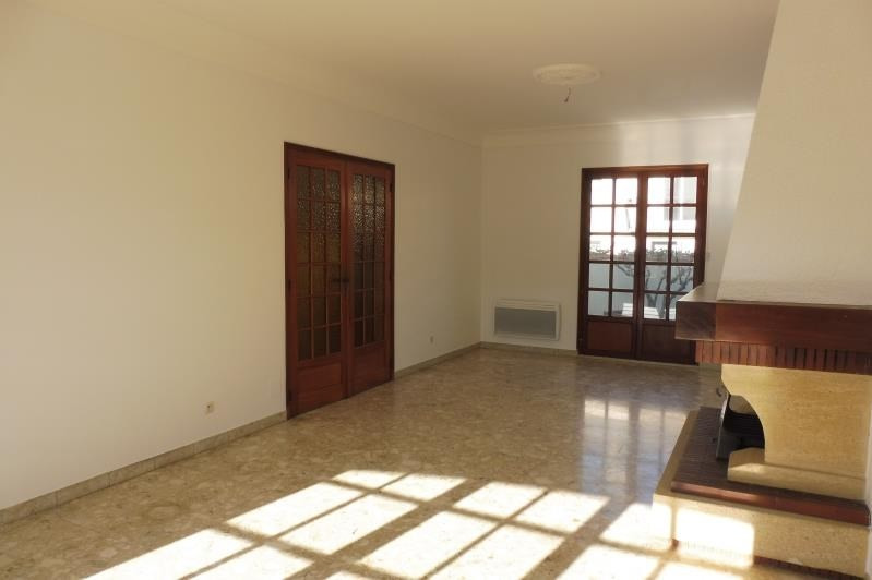 Location maison / villa Canet en roussillon 1 040€ CC - Photo 2