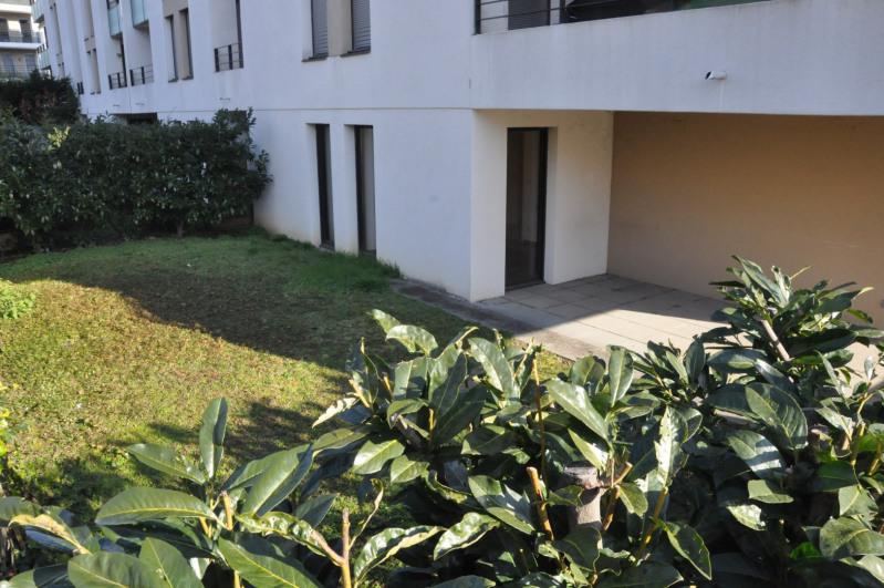 Sale apartment Tassin-la-demi-lune 385000€ - Picture 8