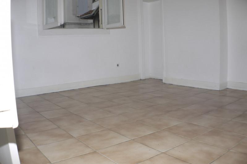 Rental apartment Marseille 9ème 420€ CC - Picture 1