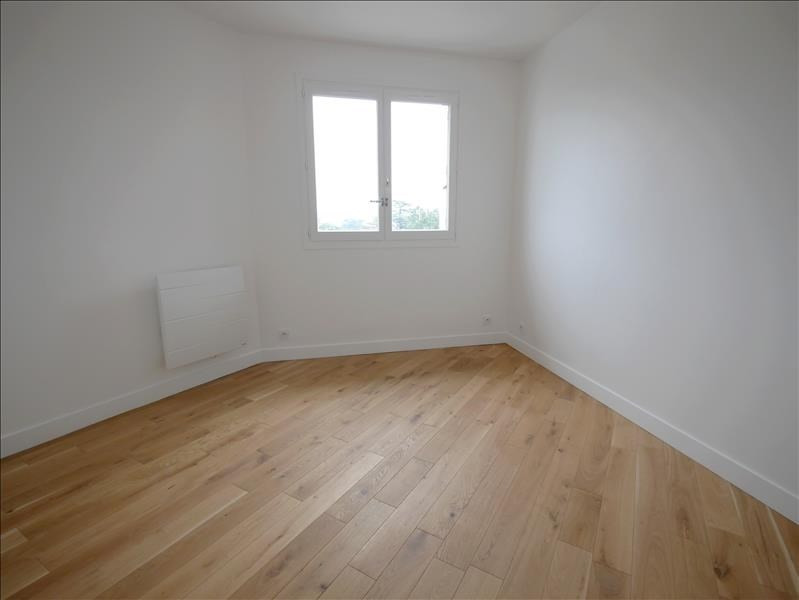 Rental office Garches 380€ HT/HC - Picture 1