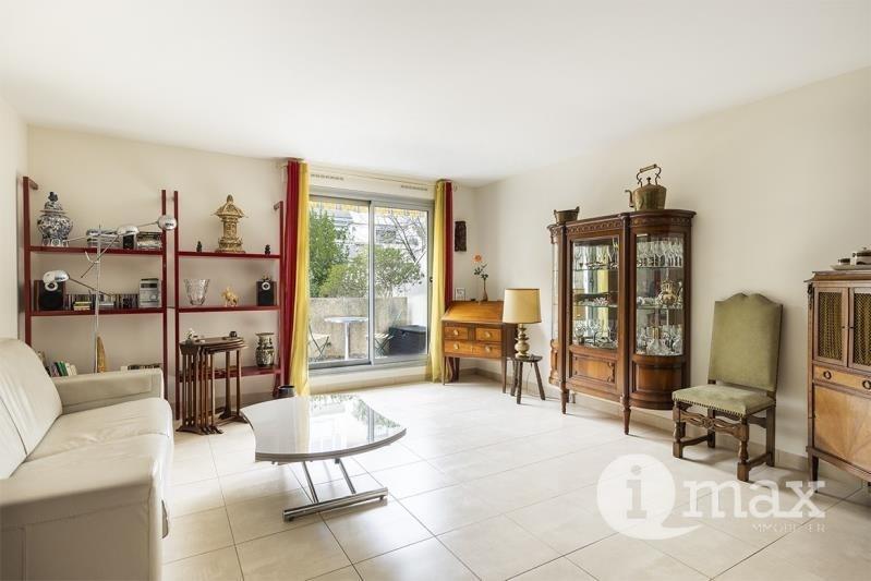 Sale apartment Levallois perret 520000€ - Picture 2