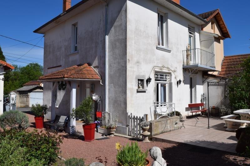 Sale house / villa Riorges 199000€ - Picture 2