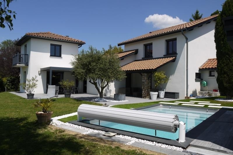 Sale house / villa St prim 497000€ - Picture 1
