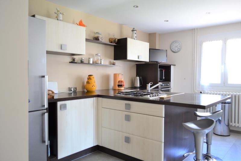 Sale house / villa Toussieu 437000€ - Picture 8