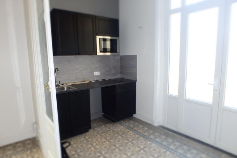 Location appartement Viroflay 870€ CC - Photo 1