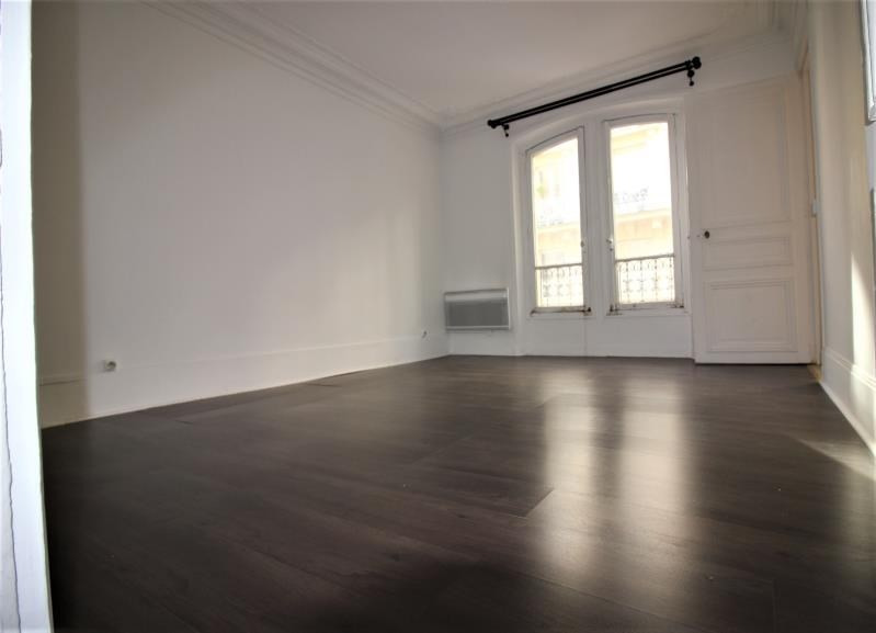 Vente appartement Paris 10ème 553 000€ - Photo 2
